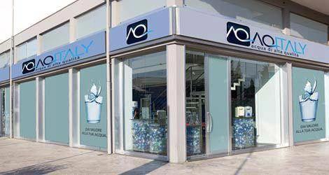 Aq Italy store