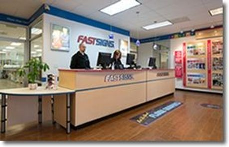 Fastsigns Reception